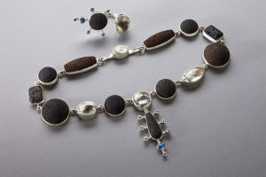 GL_Necklaces20.jpg